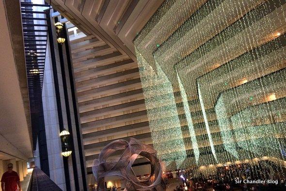 hyatt-regency-san-francisco-lobby