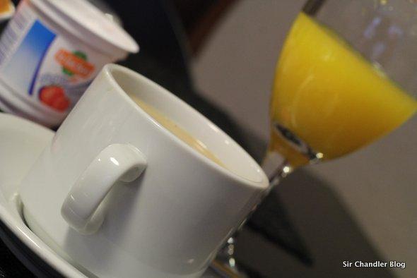 azur-taza-desayuno
