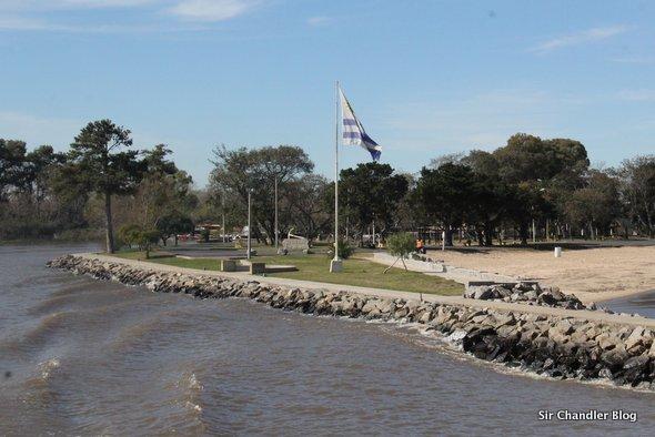 uruguay-bandera-carmelo