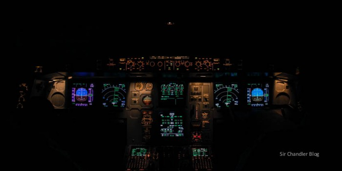 D-airbus-340-cockpit