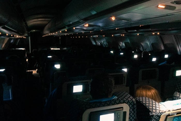 aerolineas-cabina-noche