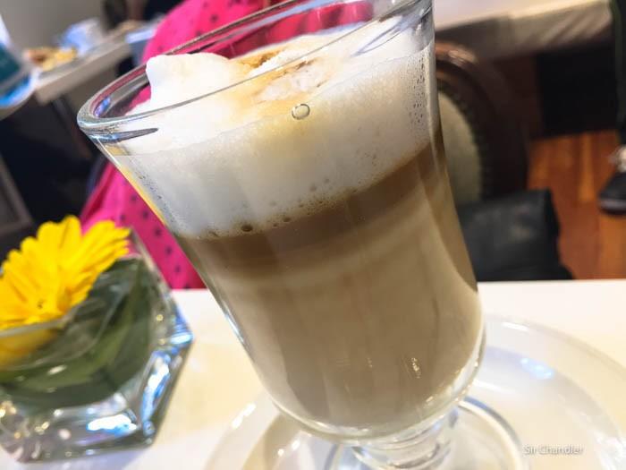 vain-brunch-cafe