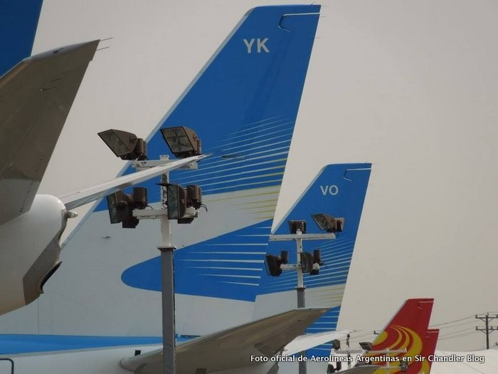 colas-aerolineas-boeing