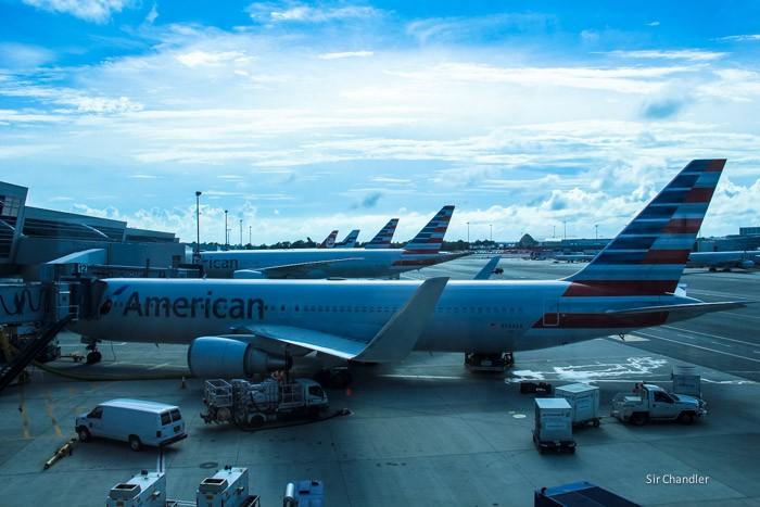 19-colas-american-airlines