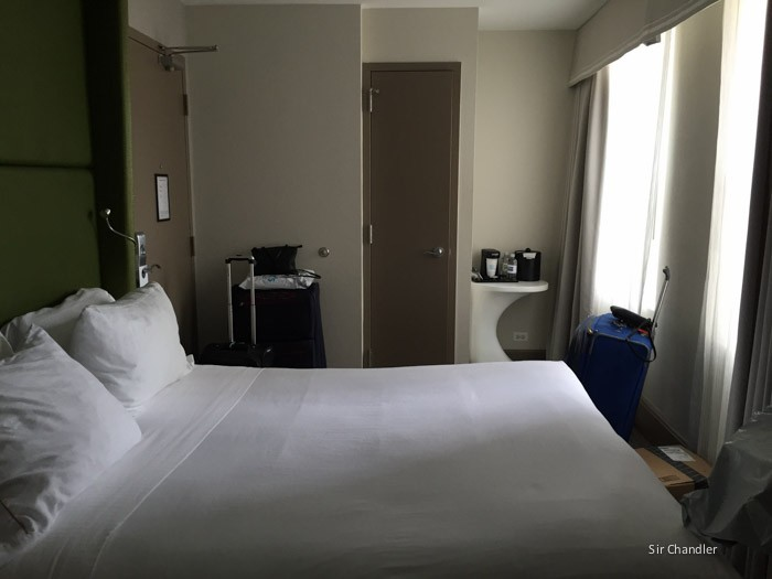 holiday-inn-Magnificent-Mile