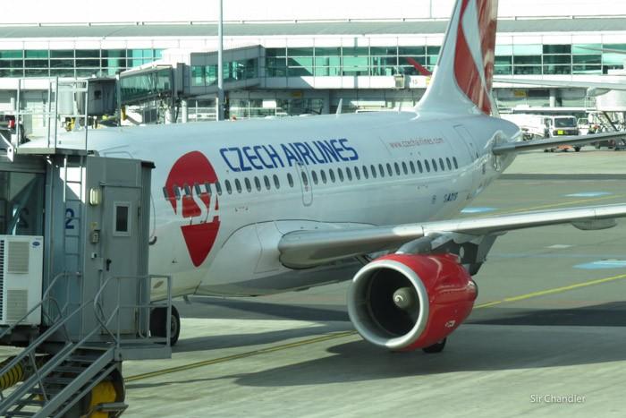 23-airbus-319-checo