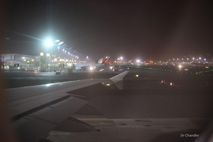 14-emirates-airbus-380-9468