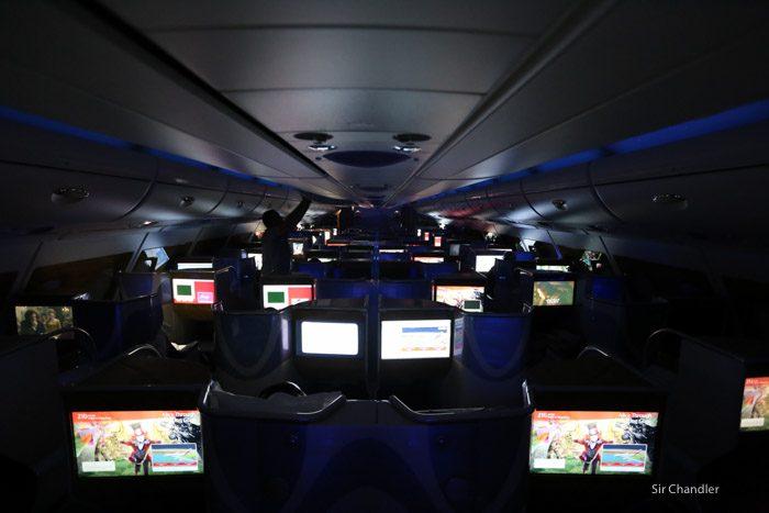 17-emirates-airbus-380-9483