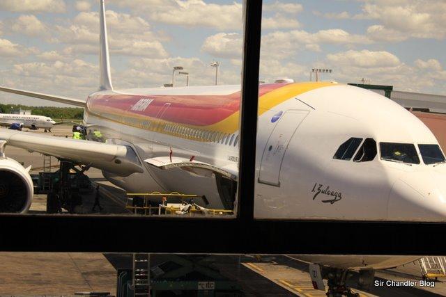 Iberia vuelve a volar a Montevideo y pone oferta de 558 euros a Madrid