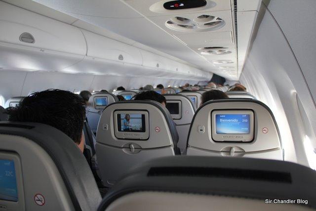Detalles del interior del Embraer de Austral