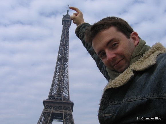 Eiffel dedo chandler