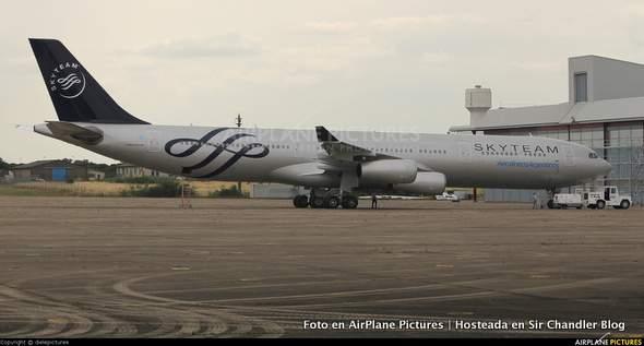 airbus-340-skyteam-AR