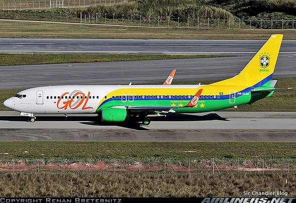 GOL pintó un avión «Verde amarelo»