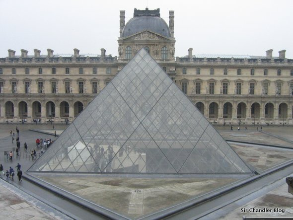 louvre-paris