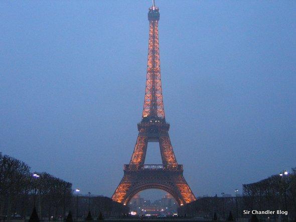 paris-eiffel-tarde