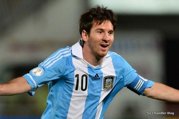 El avión de Aerolíneas Argentinas que llevará a Messi adentro y afuera
