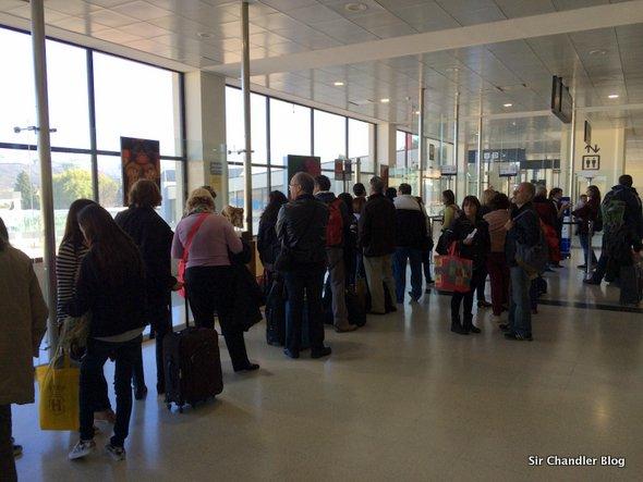 fila-aeropuerto
