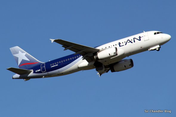 airbus-320-lan-chile-despegue