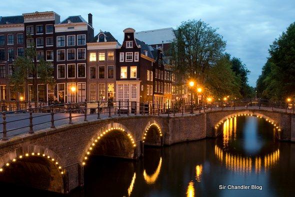 Amsterdam: canales, Van Gogh, coffee shops y el barrio rojo