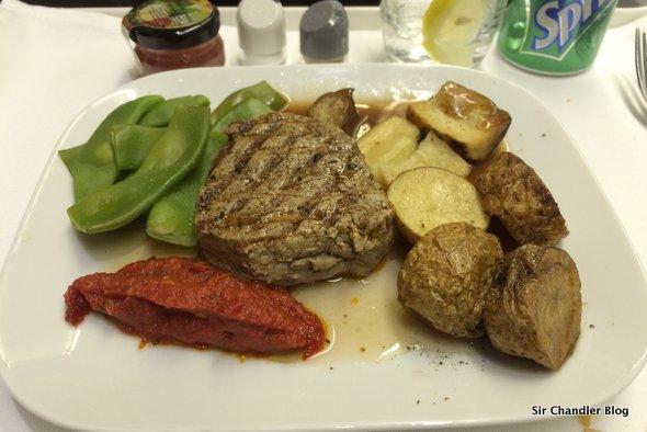 La cena en business de Lufthansa saliendo de Buenos Aires