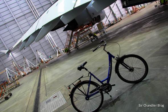 airbus-380-lufthansa-bicicleta