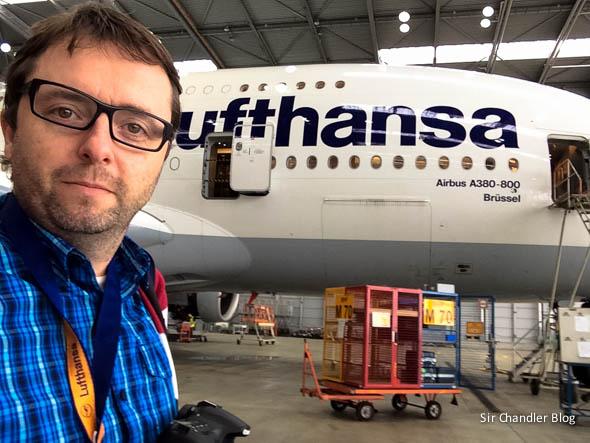 airbus-380-lufthansa-selfie-chandler