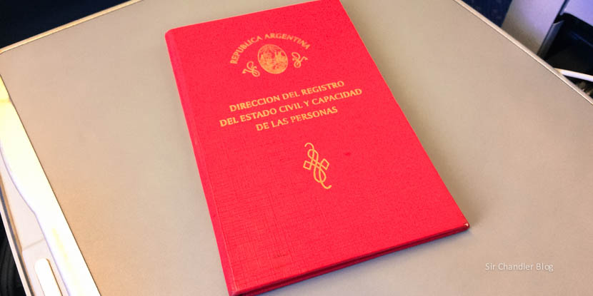 ¿La libreta de familia se deja de usar para salir del país con los hijos?