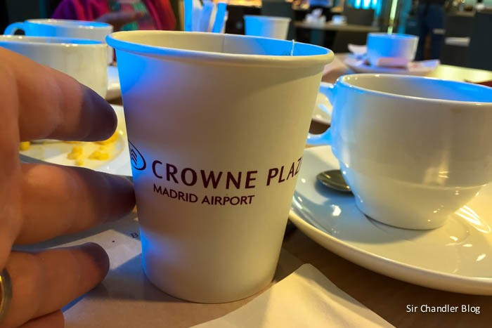 crowne-madrid-taza