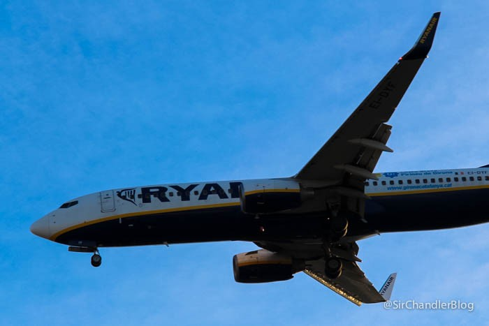 spotting-ryanair-737