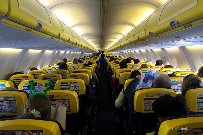 Ryanair quiere cruzar el charco por poca plata - Cabina ryanair ...