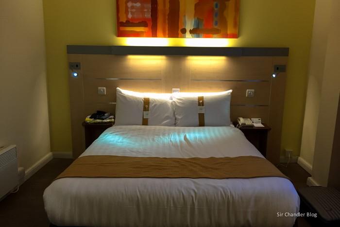 holiday-inn-express-cama