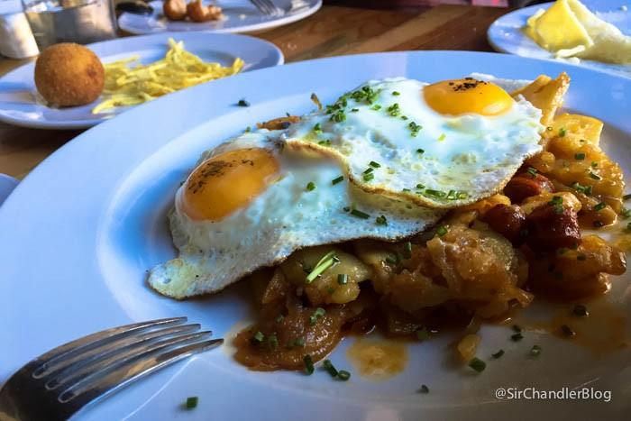 menu-espana-huevos-rotos