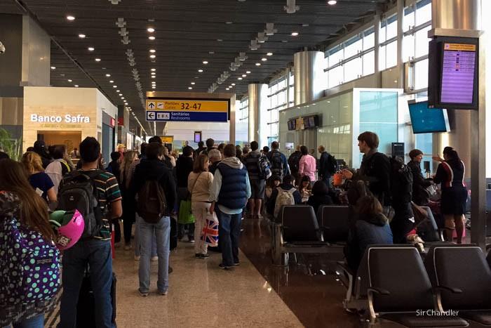 02-fila-aeropuerto-san-pablo