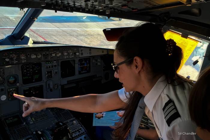 6-lan-mujer-piloto