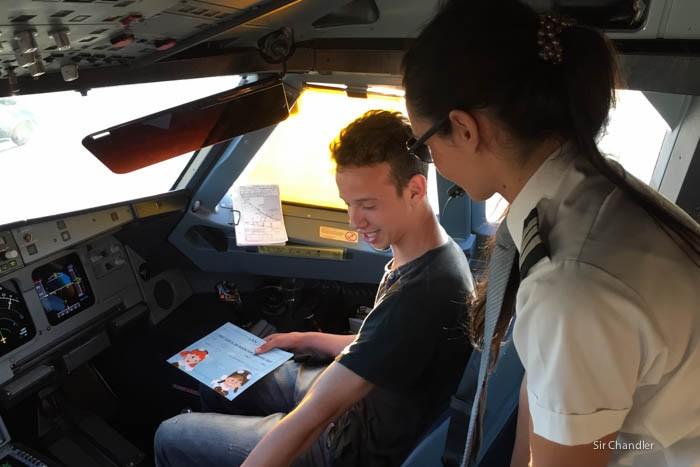 7-lan-cockpit-320