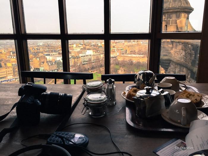 edimburgo-escocia-vista-castillo