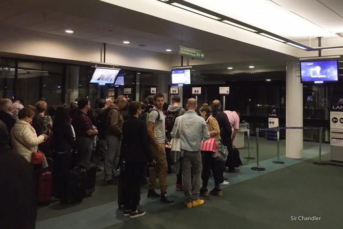 1-fila-aeropuerto-santiago