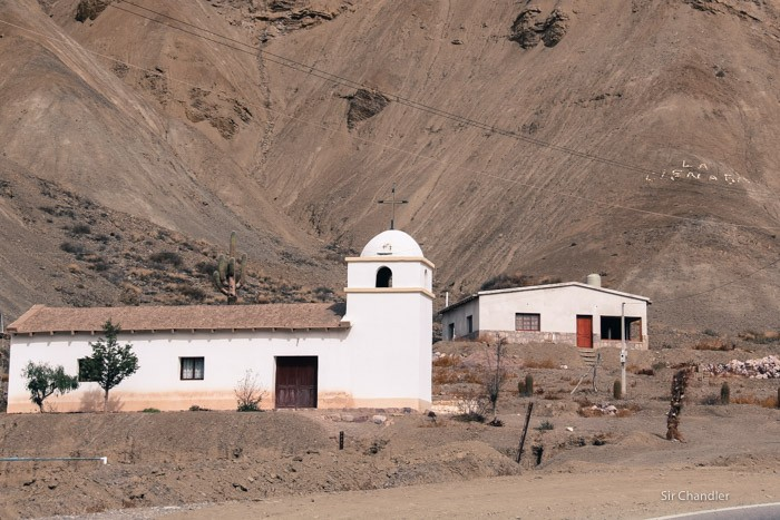 2-iglesia-purmamarca-jujuy