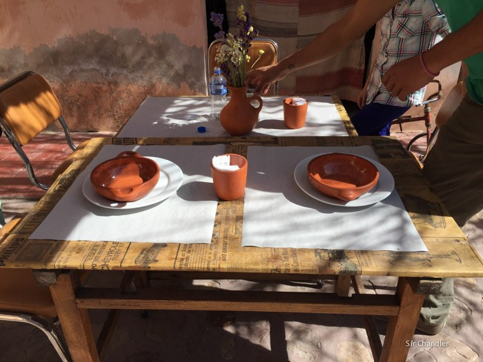 3-mesas-patio-lucia-humahuaca