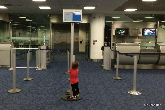 chicos-aeropuerto