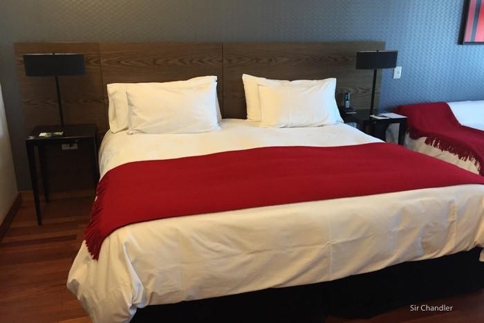 hotel-fierro-cama