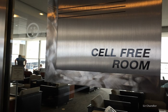 11-vip-cell-free-room-chicago-admiral