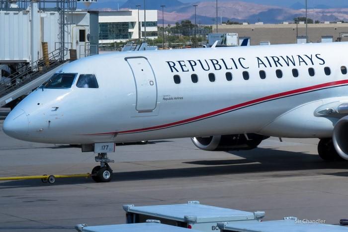 republic-airlines-embraer