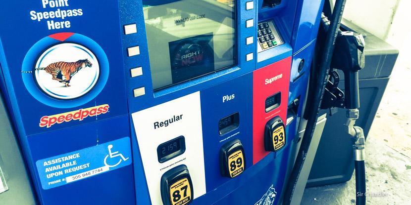 ¿Cómo cargar combustible en Estados Unidos?