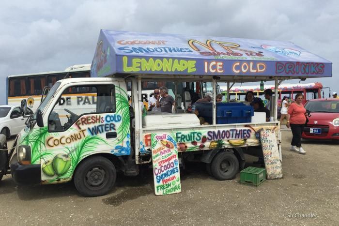 10-aruba-foodtruck