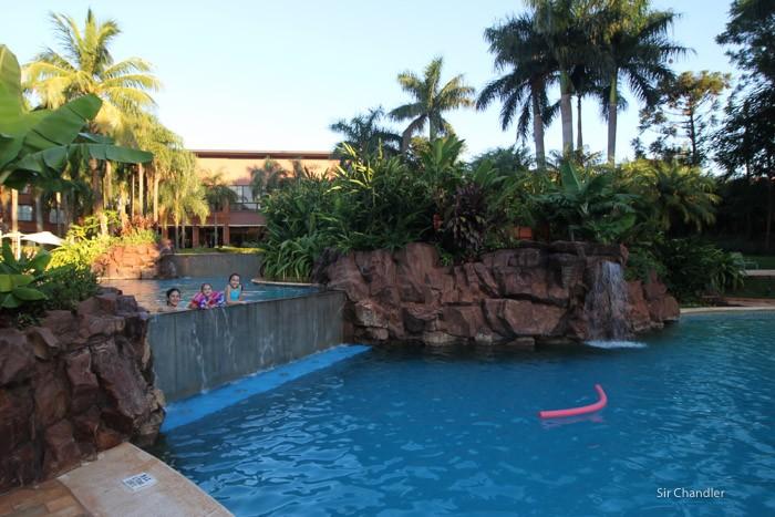 13-pileta-grand-iguazu-hotel