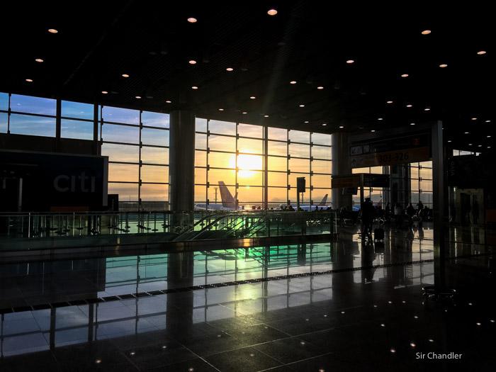 Latam solo puede hacer un vuelo a Lima y sigue cortada la conexión con Chile y Brasil