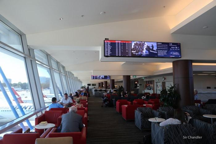 qantas-lounge-sydney-2144