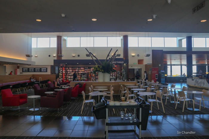 qantas-lounge-sydney-2145