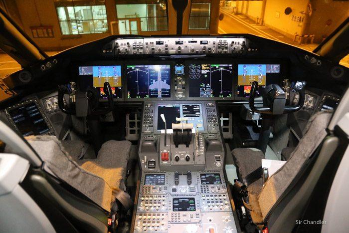 17-cockpit-787-latam
